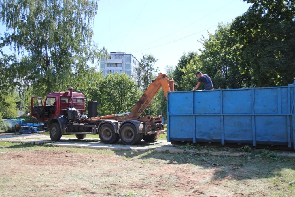 http://troitza-chertanovo.ru/images/fotogallery/2014/stroitelstvo_novogo_hramovogo_kompleksa_19.07.2014/04.JPG