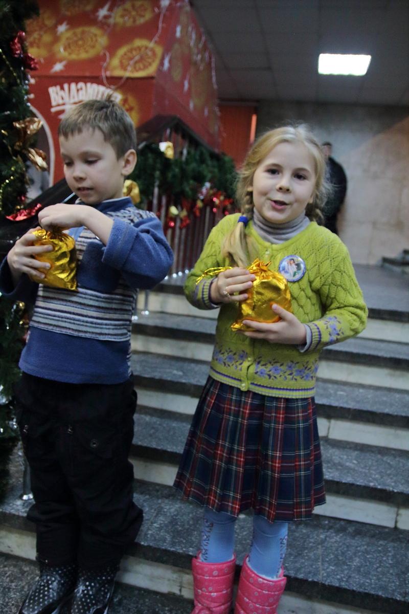 http://troitza-chertanovo.ru/images/fotogallery/2015/01/rozhdestvenskij_fetival_11.01.2015/DPP_76.JPG