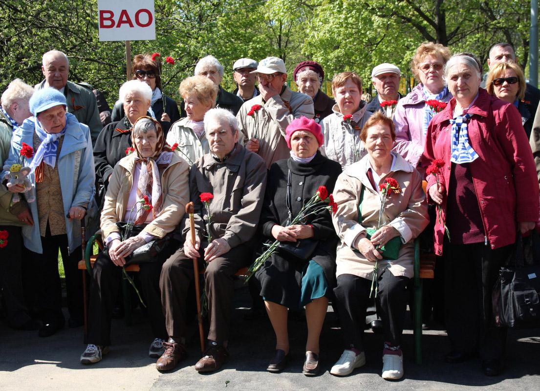 http://troitza-chertanovo.ru/images/fotogallery/otkrytie_pamyatnika_08.05.2014/01.jpg