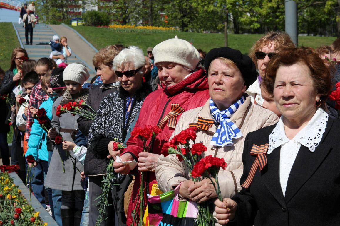 http://troitza-chertanovo.ru/images/fotogallery/otkrytie_pamyatnika_08.05.2014/03.jpg
